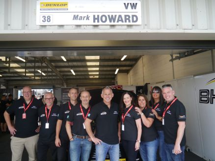 Dimensions supports Mark Howard at BTCC
